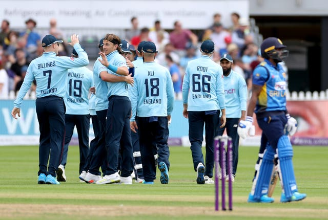 Tom Curran (center) took four wickets for England before their final one-day international match against Sri Lanka in Bristol was dropped due to rain (Bradley Collyer / PA).