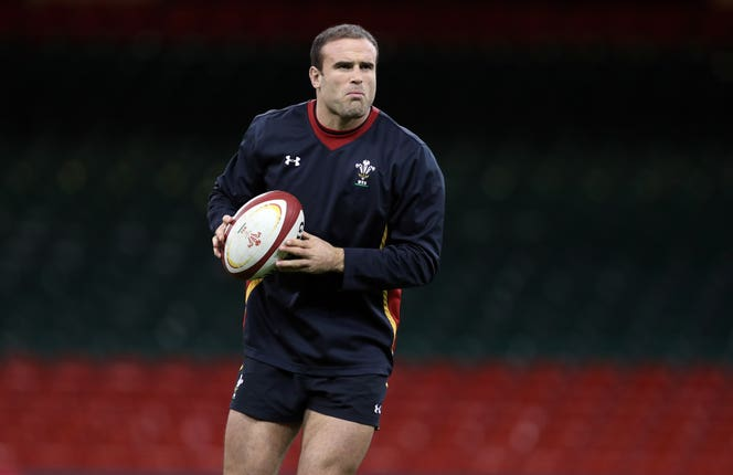 Jamie Roberts is also a qualified doctor