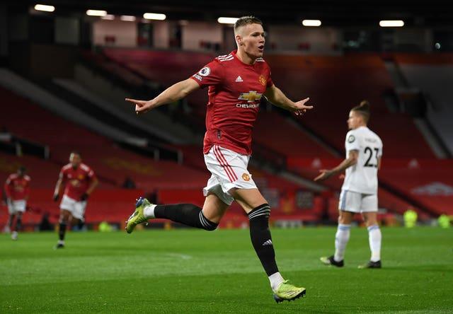 Scott McTominay celebrates against Leeds