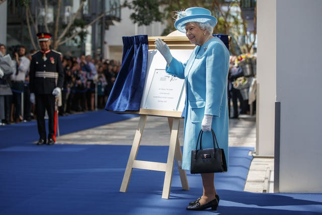 Royal visit to BA headquarters
