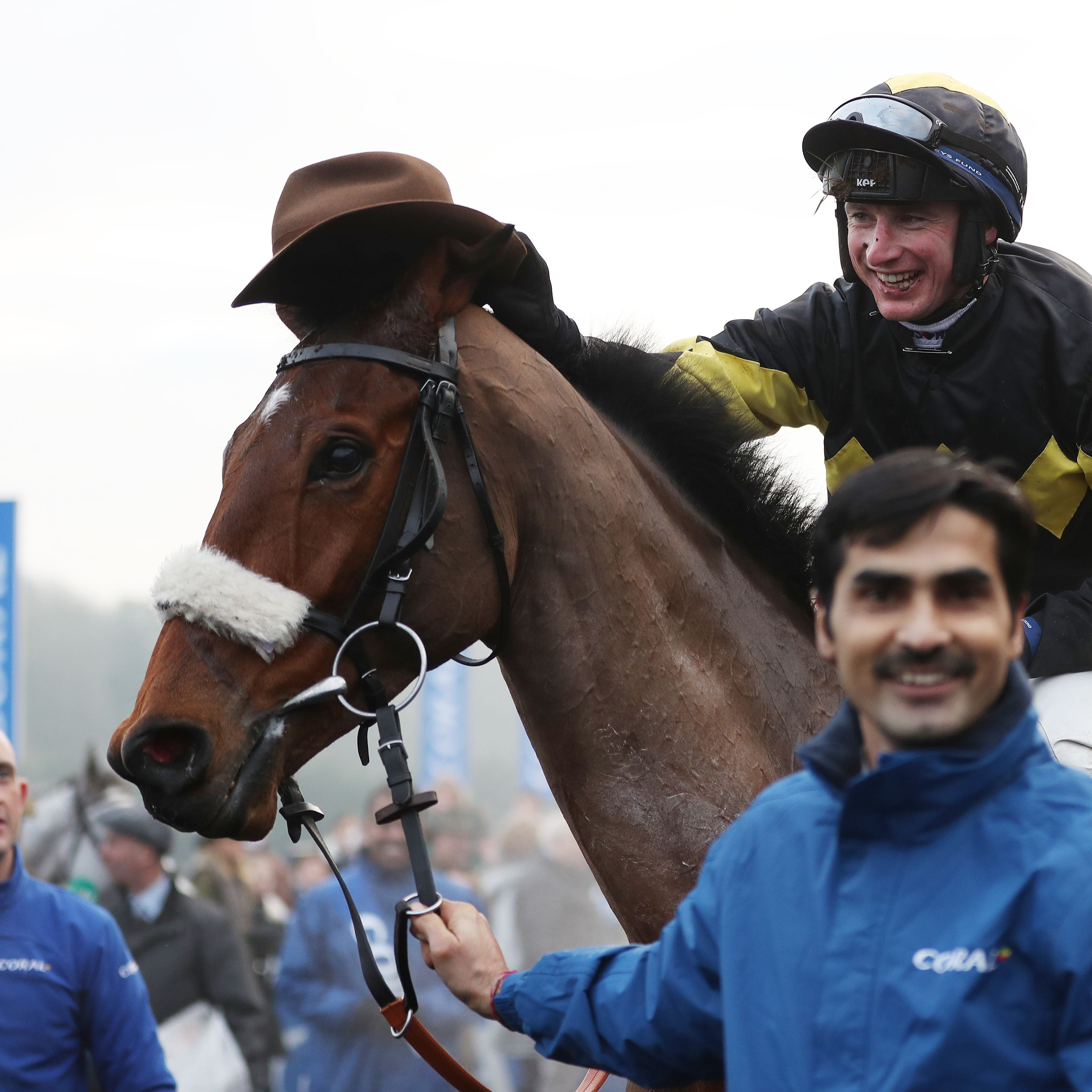 Tom O'Brien and Elegant Escape, after winning the Welsh Grand National