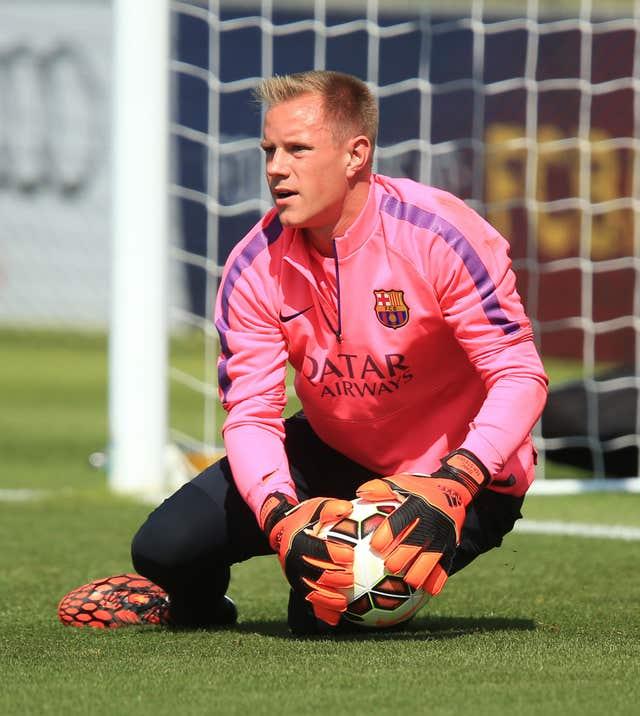 Marc-Andre ter Stegen made a late penalty save as Barcelona beat Sevilla in the Supercopa.
