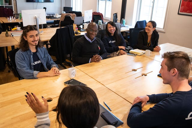 Sam Gyimah chats to apprentices at WhiteHat