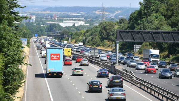 Waiting until last day to switch car insurance 'can ramp up cost of policy'