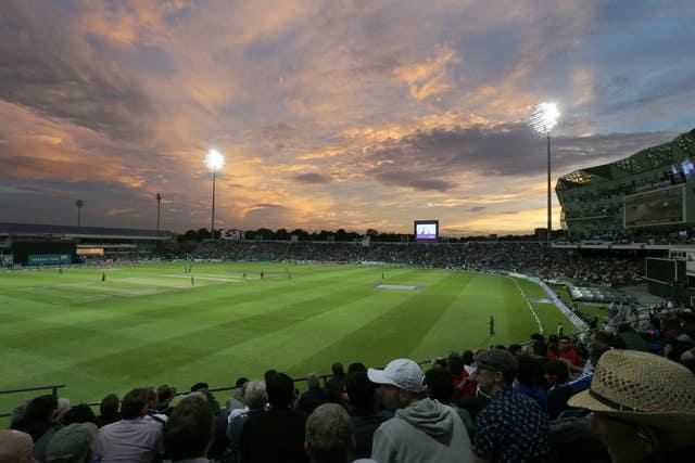 Hutton believes Yorkshire have a world class stadium
