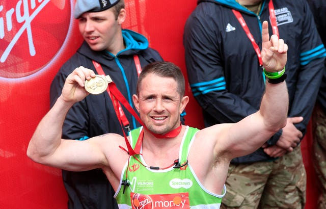 Wales rugby star Shane Williams completed the 2016 London Marathon