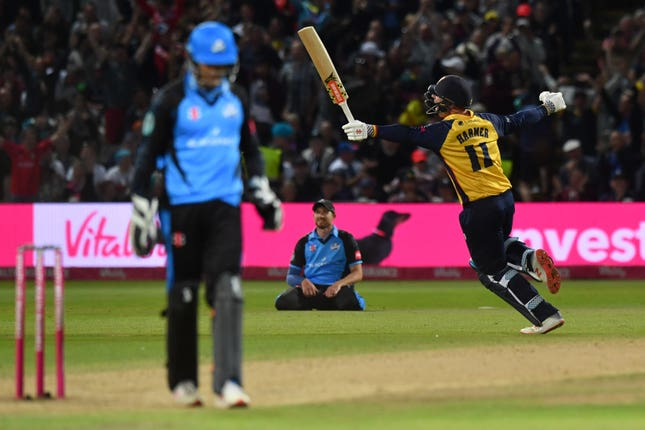 Simon Harmer (right) and Ravi Bopara starred as Essex were crowned Vitality Blast winners