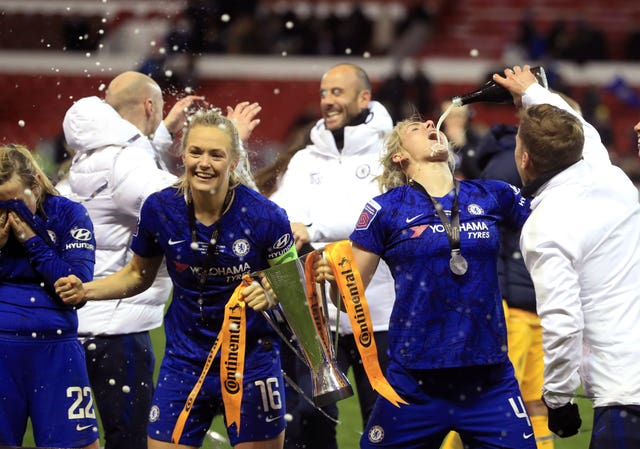 Chelsea celebrate winning the Continental League Cup