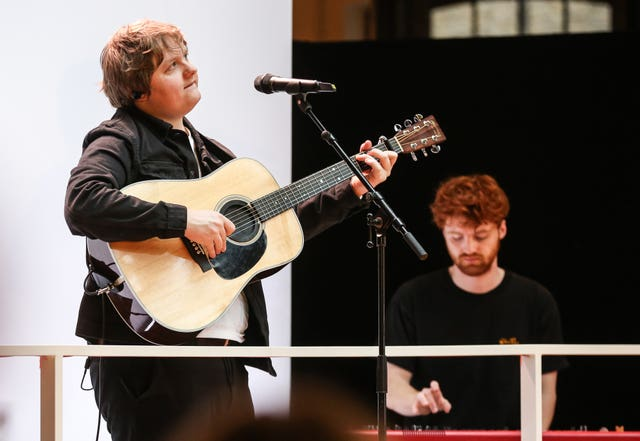 Lewis Capaldi surprise concert – Covent Garden