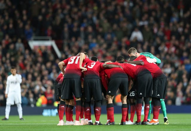 United players broke with tradition by holding a pre-match huddle