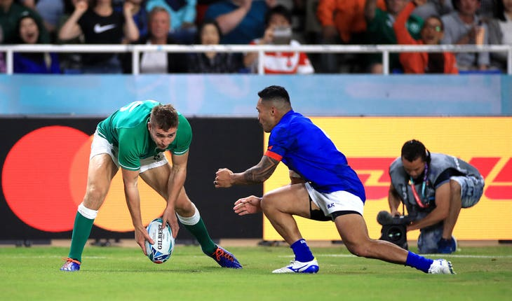 Jordan Larmour, left, was among the scorers for Ireland