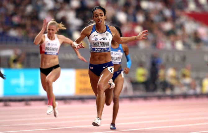 Katarina Johnson-Thompson wins her 200m heat