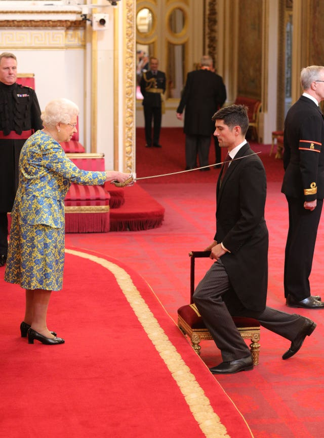 Alastair Cook receives a knighthood for services to cricket from Queen Elizabeth II