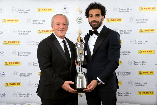 Gordon Taylor pictured with PFA player of the year Mohamed Salah in 2018