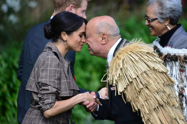 Meghan is given a Maori greeting