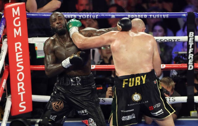 Fury troubled Wilder throughout with the jab