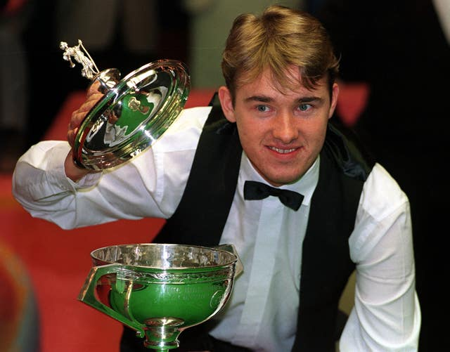 Snooker – Embassy World Snooker Championship – Final – Jimmy White v Stephen Hendry – Crucible Theatre, Sheffield