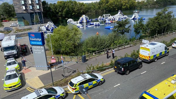 Body found in search for boy, 15, who went missing in lake near shopping centre