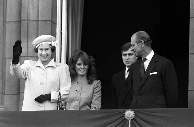 Sarah Ferguson on the Buckingham Palace balcony with the Queen, Prince Andrew and the Duke of Edinburgh in 1986 (PA)