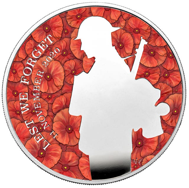 £5 silver coin to commemorate 100 years since the ceremonial burial of the Unknown Warrior