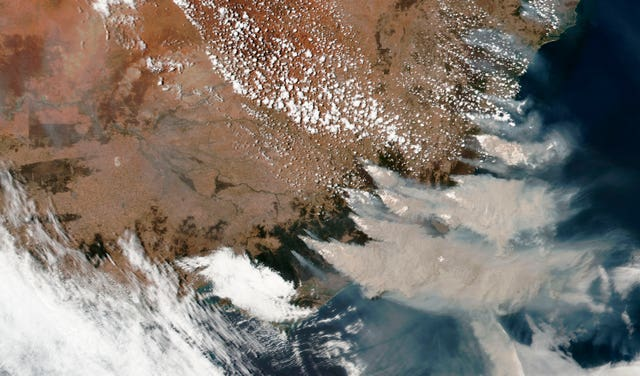 Smoke from wildfires in Victoria and New South Wales, Australia