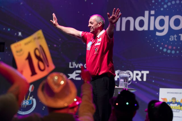 Wayne Warren on his way to winning the final of the BDO World Professional Darts Championships