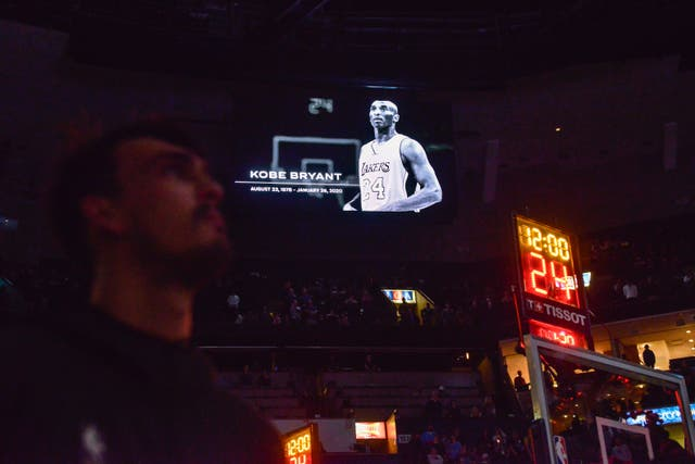 Players and fans observed a moment of silence before the game between the Phoenix Suns and the Memphis Grizzlies