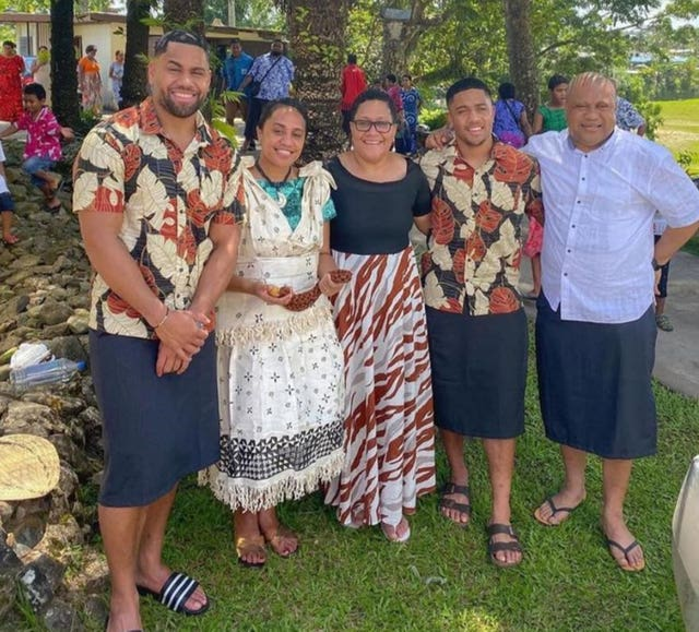 Joe Cokanasiga (left) with his mother, siblings and his father Ilaitia
