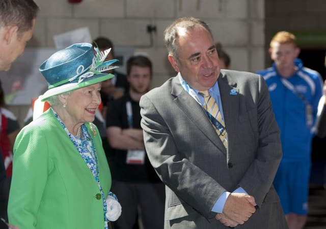 Former First Minister Alex Salmond with the Queen. (Michael Schofield/PA)