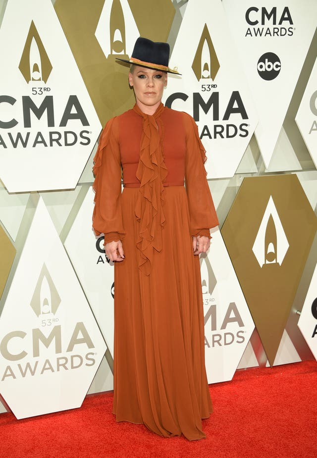 53rd Annual CMA Awards – Arrivals