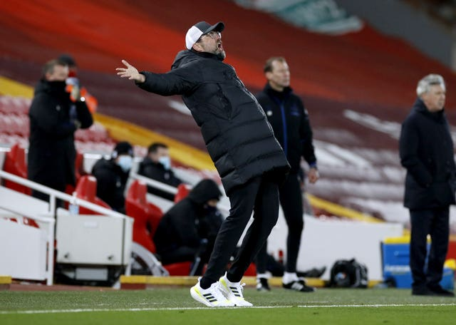 Liverpool manager Jurgen Klopp throws his arms wide on the touchline