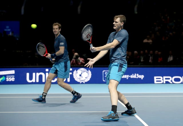 Andy (left) and Jamie Murray