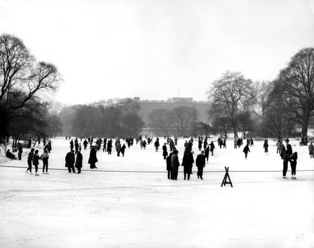 British Weather – Winter – Snow Scenes – London – 1963