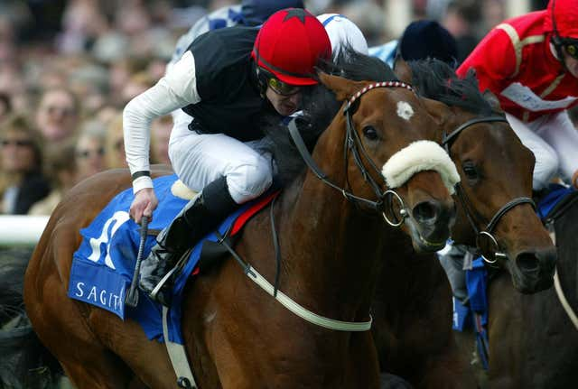 Refuse To Bend was a smart winner of the 2000 Guineas