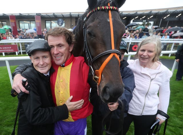 Pat Smullen with Sir Anthony McCoy and trainer Sheila Lavery