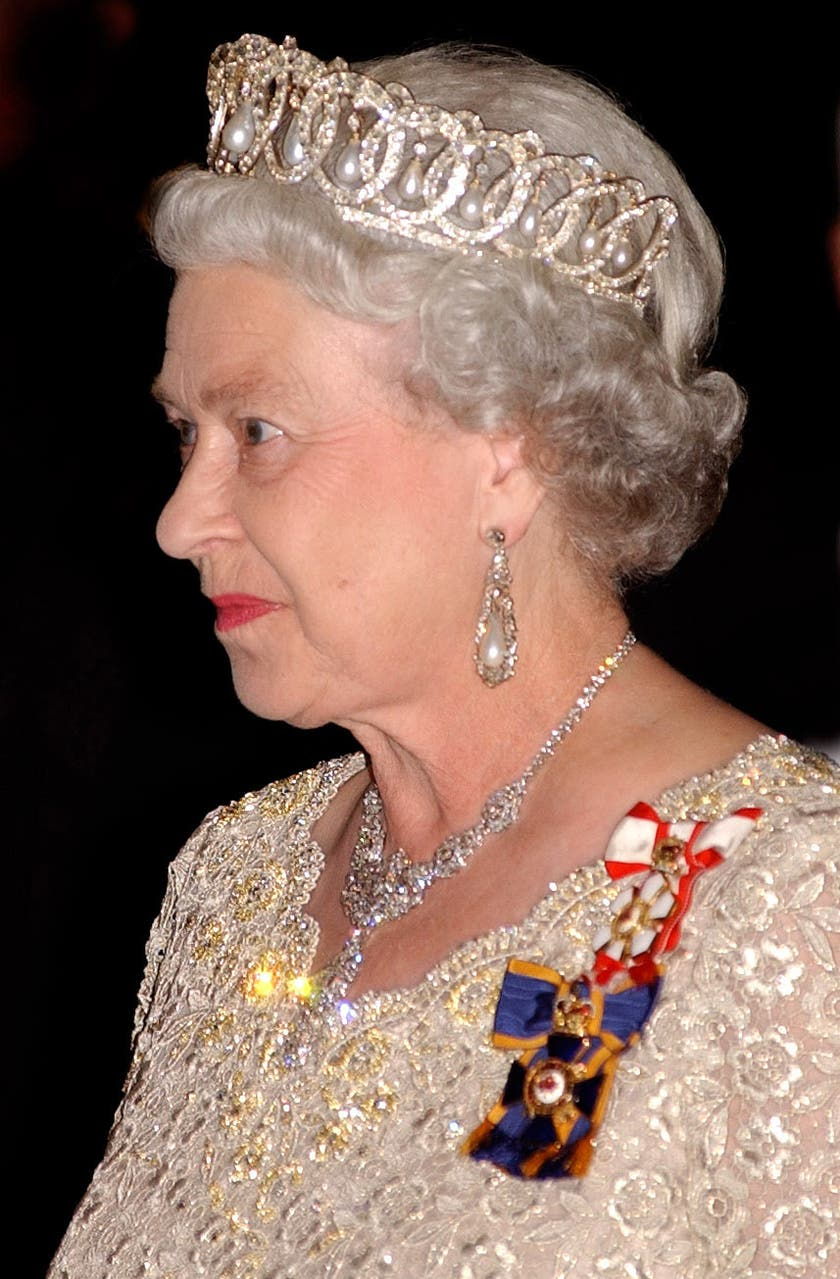 queens commonwealth essay duchess - 640×975
