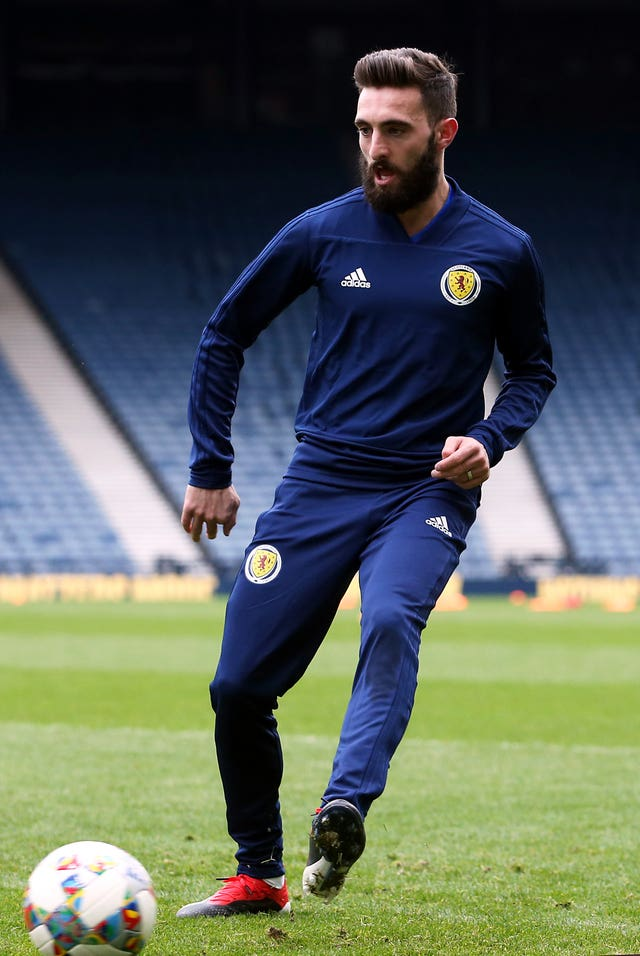 Aberdeen captain Graeme Shinnie looks set to play