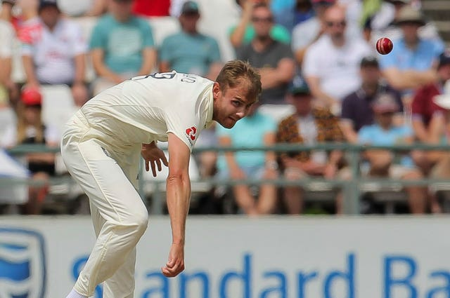 Stuart Broad wants England bowlers to be given assistance with no balls
