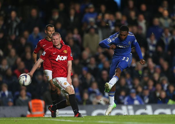 Daniel Sturridge has a shot on goal as Chelsea beat Manchester United 5-4 in the 2012 Capital One Cup fourth round
