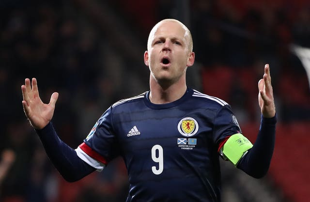 Steven Naismith might be short of action