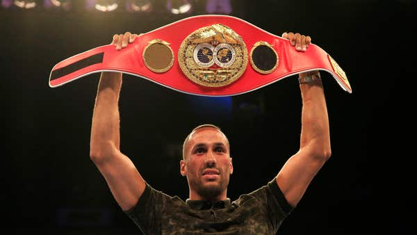 On this day in 2015: James DeGale wins super-middleweight title