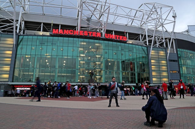 Manchester United will protect the earnings of casual staff