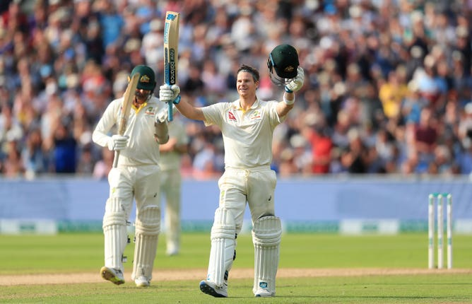 Steve Smith had strong support from Peter Siddle