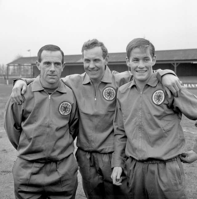 Bobby Brown, centre, with Ronnie Simpson, left, and Jim McCalliog, right, ahead of the match against England
