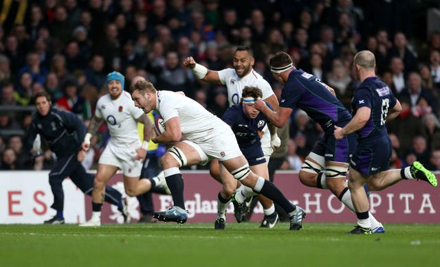 Joe Launchbury's try put England into a 21-0 lead inside 14 minutes