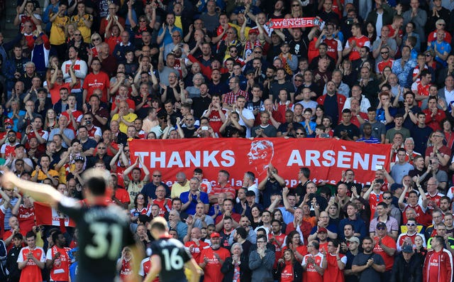 Arsenal supporters paid homage to Wenger during his final game in charge.