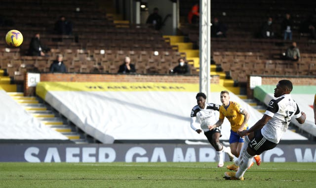 Ivan Cavaleiro slips as he misses a penalty