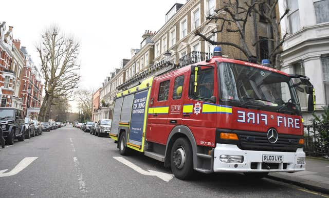 Man dies in London fire