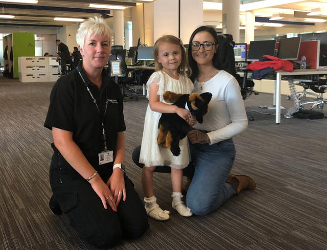 Mila Dobby, her mother and a call handler