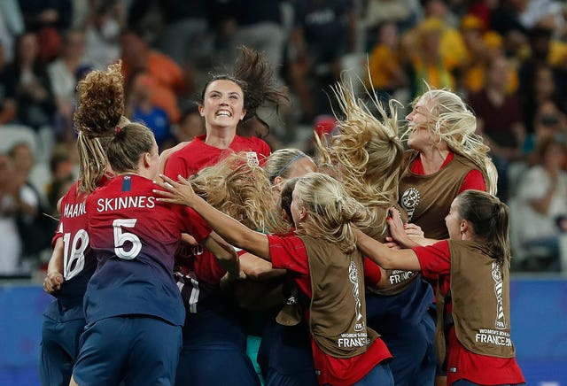 Norway celebrate after winning their penalty shoot-out against Australia